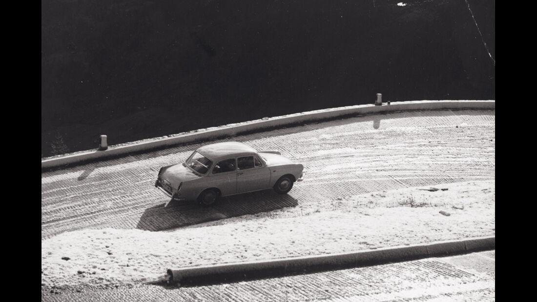 VW 1500, Seitenansicht, Marathon