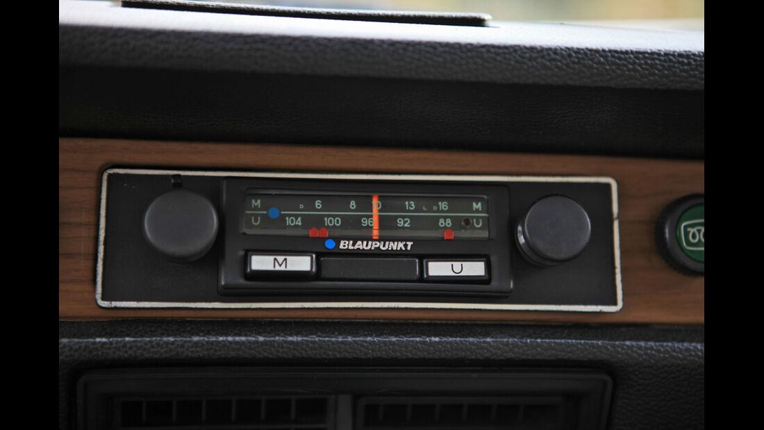 VW 411 LE, Radio