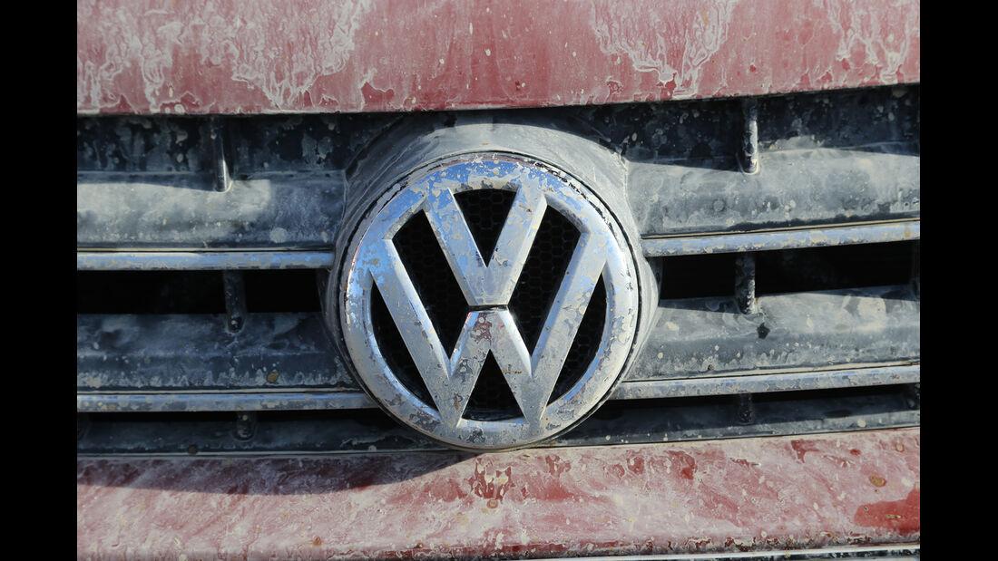 VW Amarok Canyon, Emblem, Kühergrill