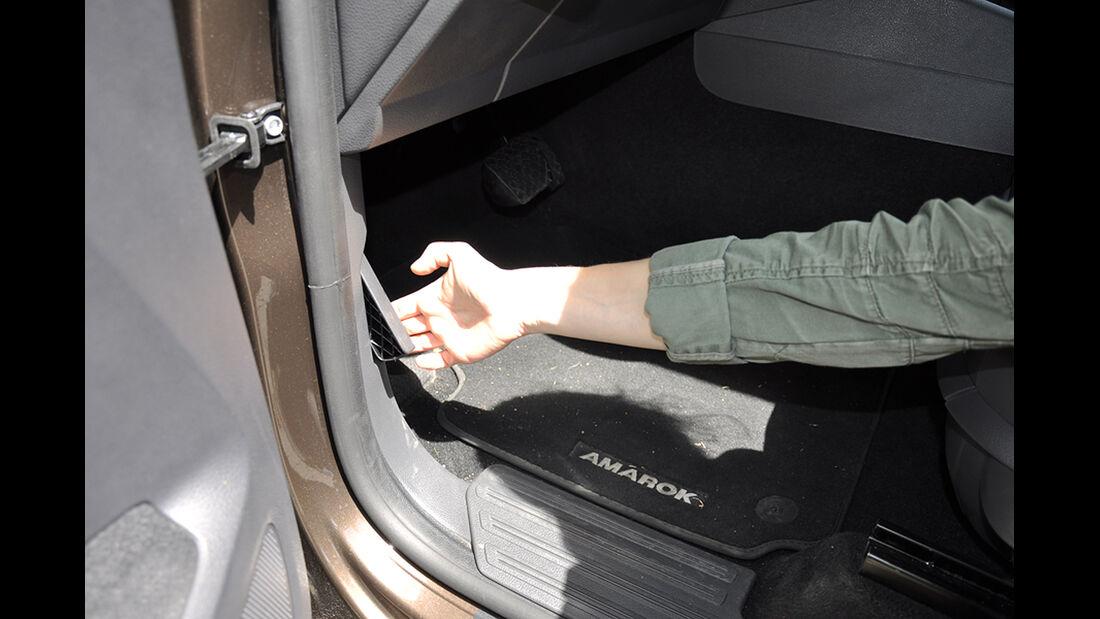 VW Amarok, Innenraum-Check, Motorhaube
