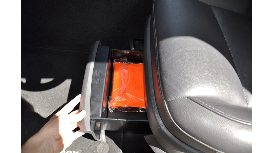 VW Amarok, Innenraum-Check, Staufächer, Ablagen