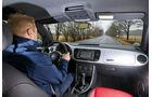 VW Beetle 1.6 TDI, Cockpit