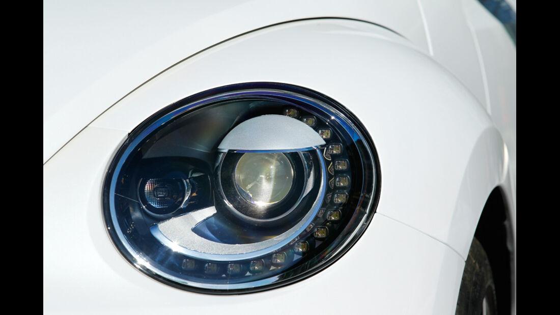 VW Beetle 2.0 TSI DSG, Frontscheinwerfer, Detail