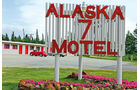 VW Beetle, Alaska, Motel