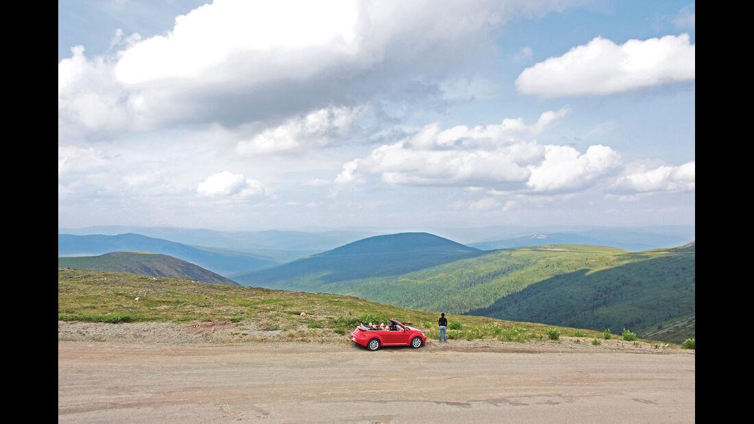 VW Beetle, Alaska, Top of the World-Highway