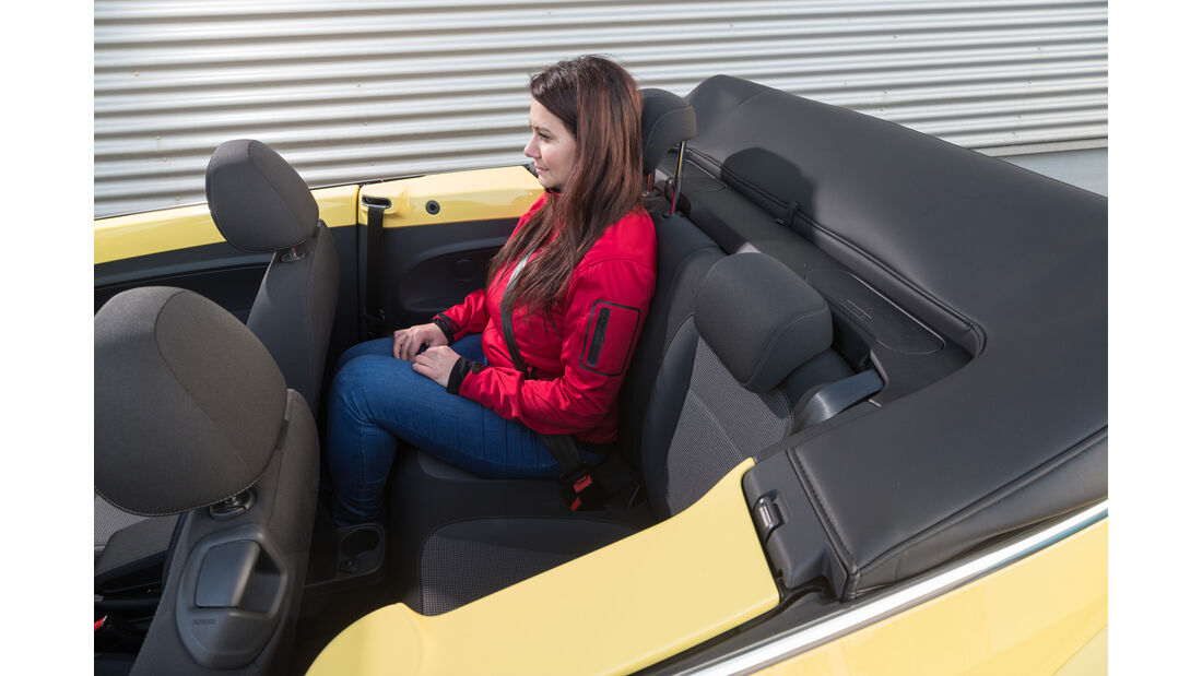 VW Beetle Cabrio 1.4 TSI, Fondsitze