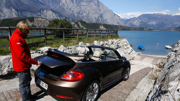 VW Beetle Cabrio 2.0 TDI, Heckansicht, Marcus Peters