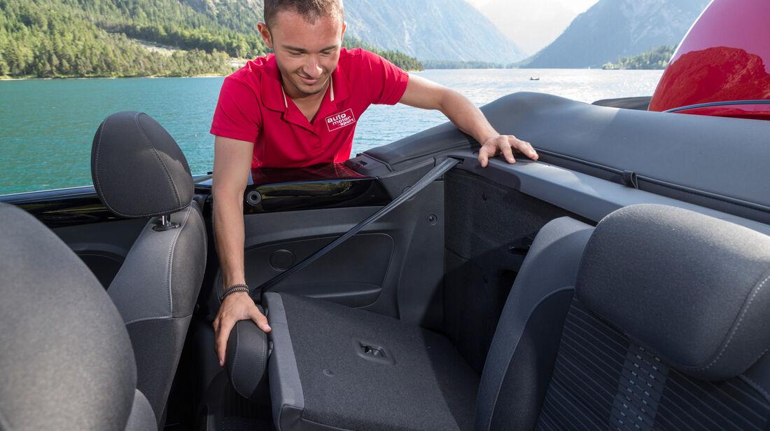 VW Beetle Cabrio, Rücksitz, Umklappen