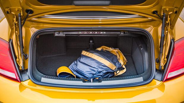 VW Beetle Dune Cabrio Kofferraum mit Gepäckstück