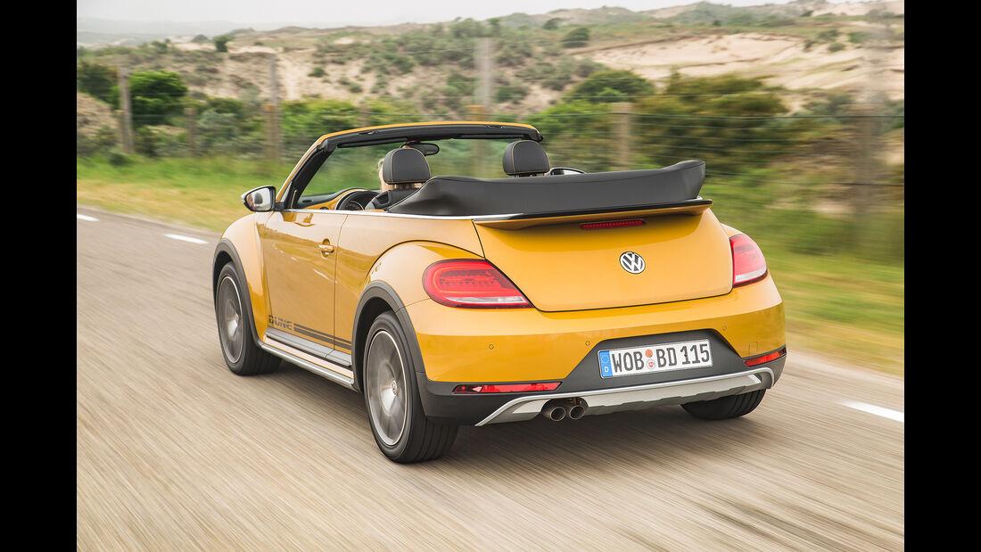 VW Beetle Dune Fahrt hinten Seite