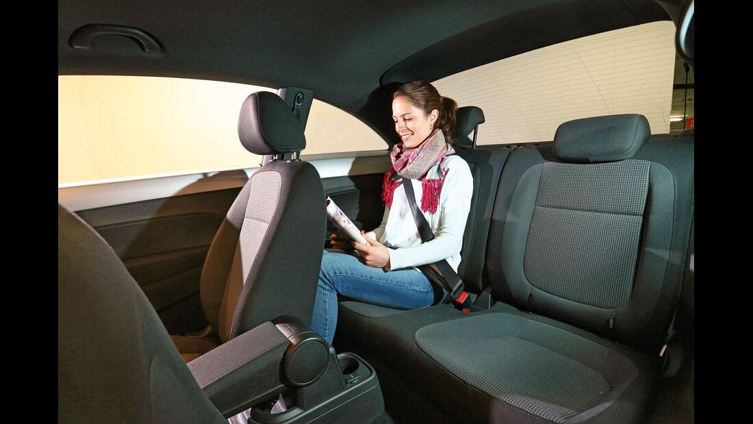 VW Beetle, Rücksitz, Beinfreiheit