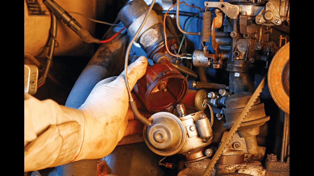 VW Bus T2, Detail, Zündung, Kontrolle