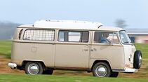 VW Bus T2, Fahrt, Seitenansicht