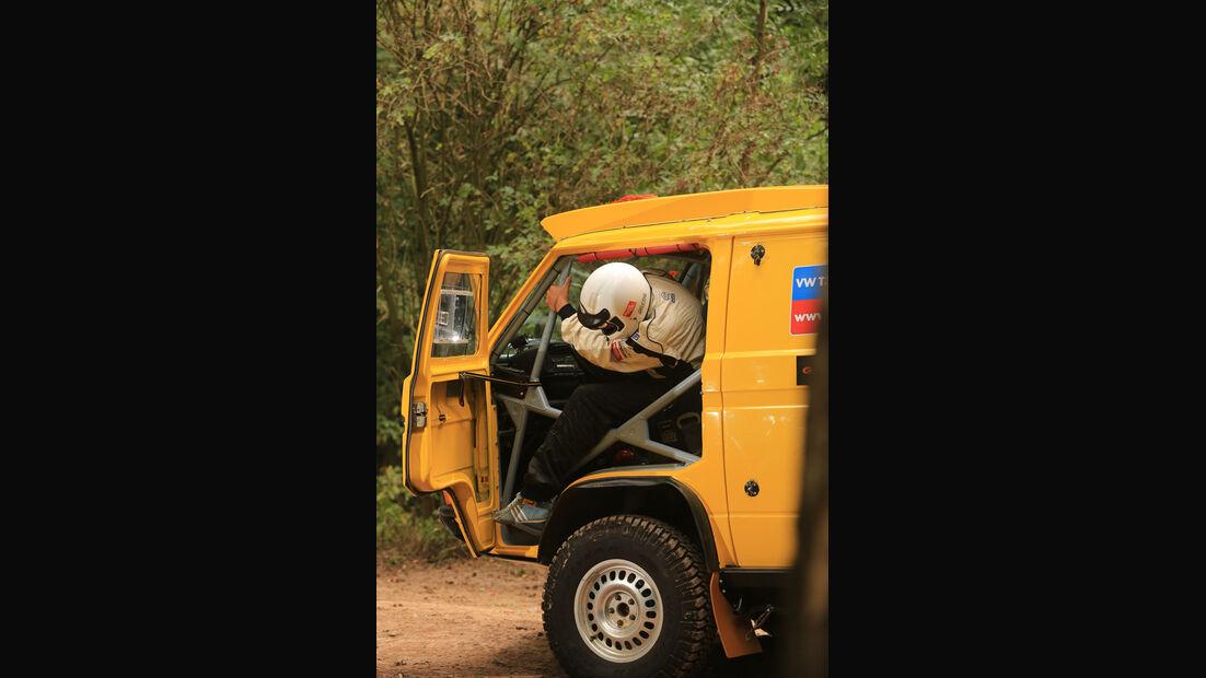 VW Bus T3 Rallye, Einstieg