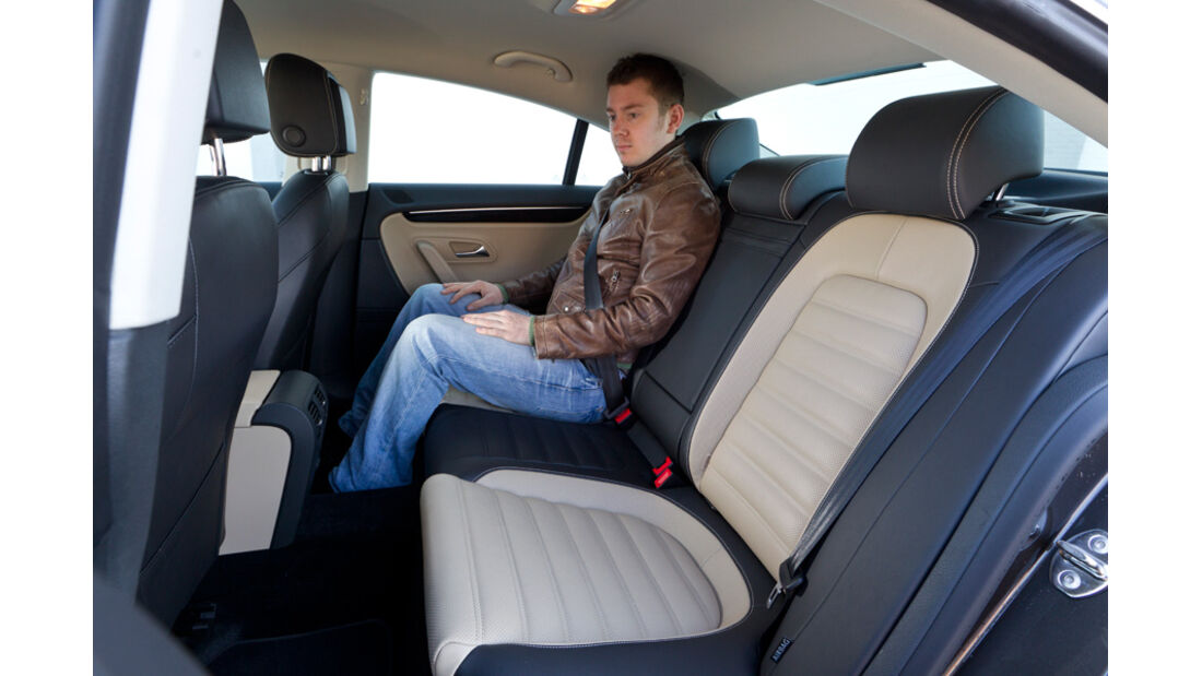 VW CC 2.0 TDI, Rücksitz, Beinfreiheit