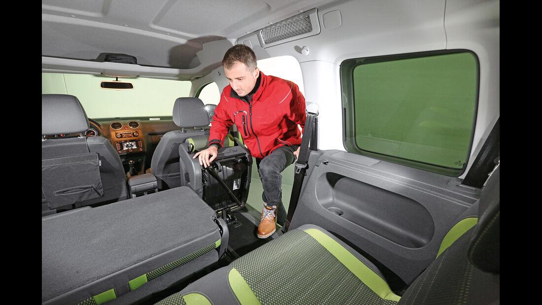 VW Caddy, Schiebetür, Einstieg