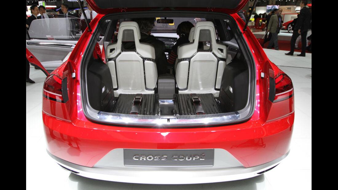 VW Cross Coupé Autosalon Genf 2012, Messe