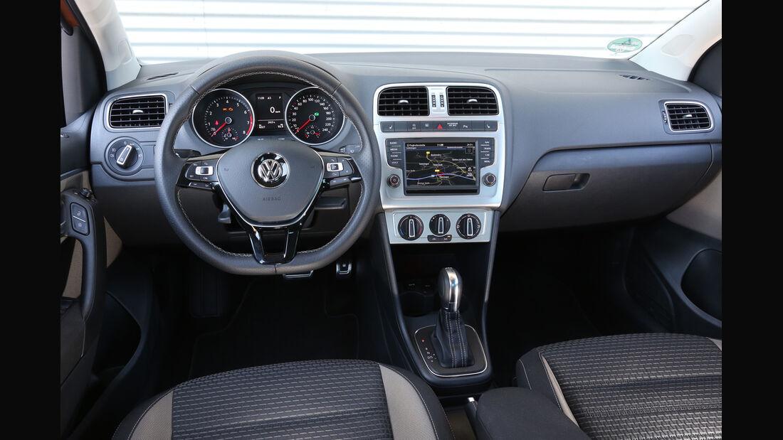 VW Cross Polo 1.2 TSI, Cockpit