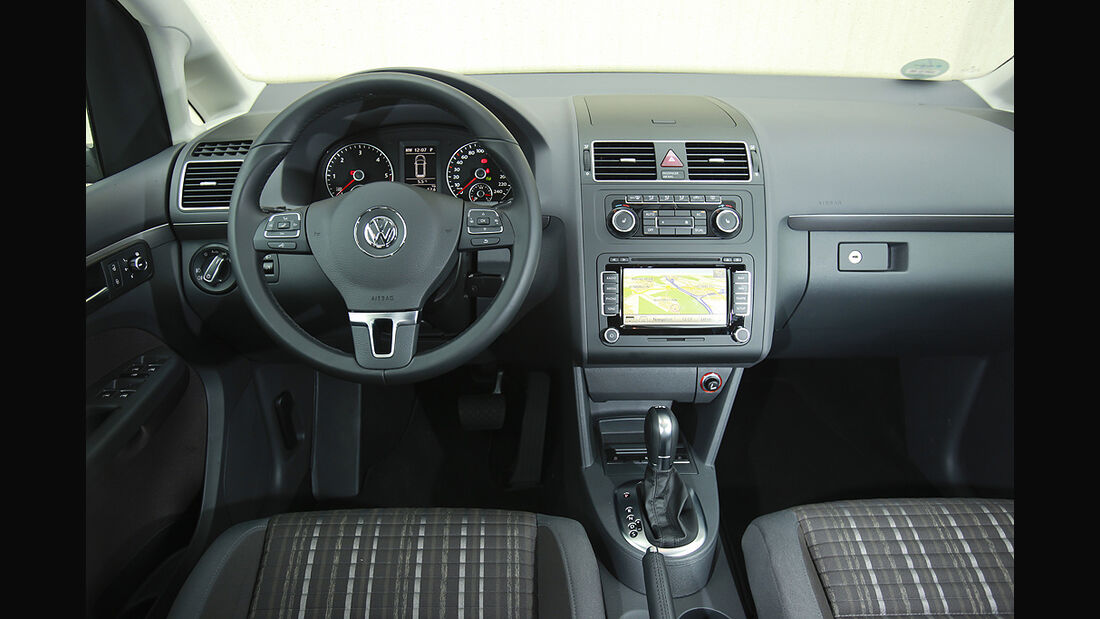 VW Cross Touran, Innenraum, Cockpit