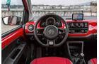 VW Cross Up 1.0, Cockpit, Lenkrad