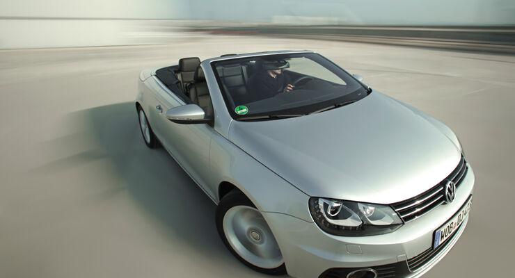 VW EOS 1.4 TSI, Frontansicht, schräg oben, Cabrio