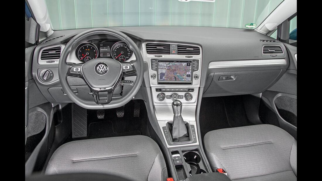VW Golf 1.0 TSI Bluemotion, Cockpit