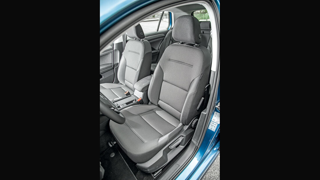 VW Golf 1.0 TSI Bluemotion, Fahrersitz