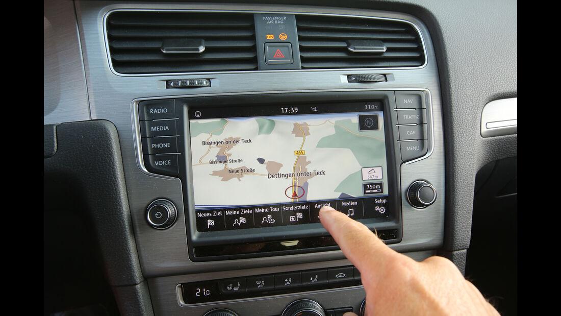 VW Golf 1.0 TSI, Navi
