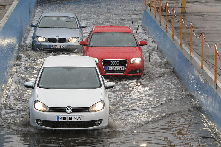VW Golf 1.4 TSI, Audi A3 1.8 TFSI, BMW 120i