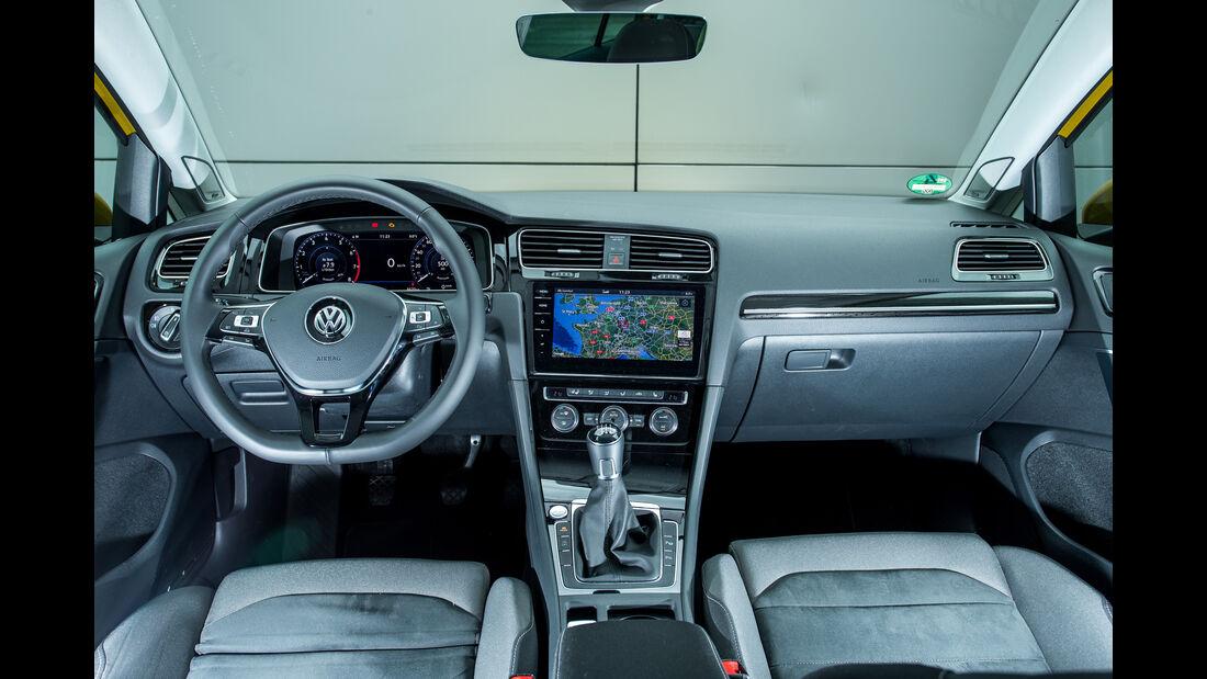 VW Golf 1.5 TSI, Cockpit