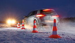 VW Golf 2.0 TDI 4 Motion, Heck, Testaufbau, Fahrmanöver
