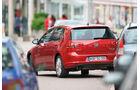 VW Golf 2.0 TDI, Heckansicht, Einparken