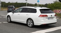 VW Golf 8 Variant Erlkönig