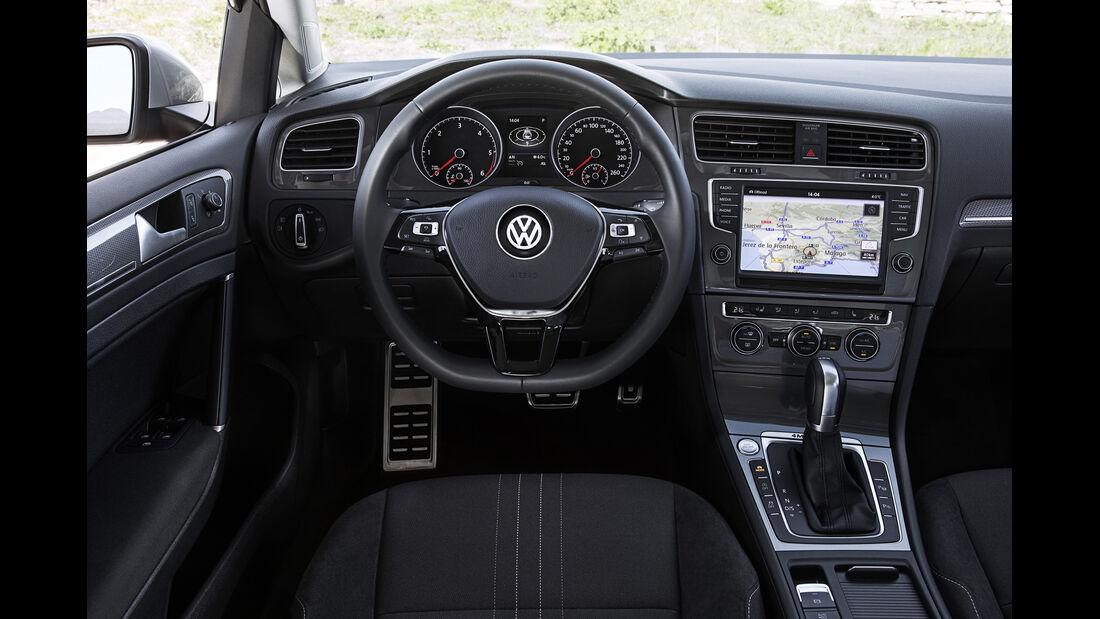 VW Golf Alltrack, Cockpit