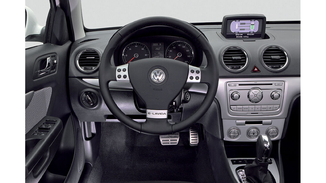 VW Golf Blue-E-Motion,Cockpit