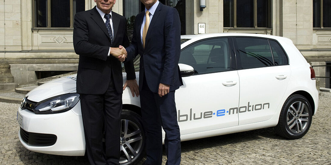 VW Golf Blue-E-Motion, Peter Ramsauer, Ulrich Hackenberg