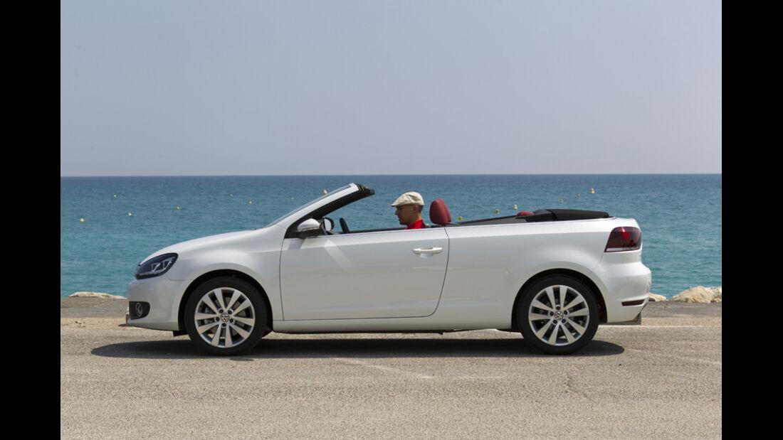 VW Golf Cabrio, Seitenansicht, Dach schließt, Anfang