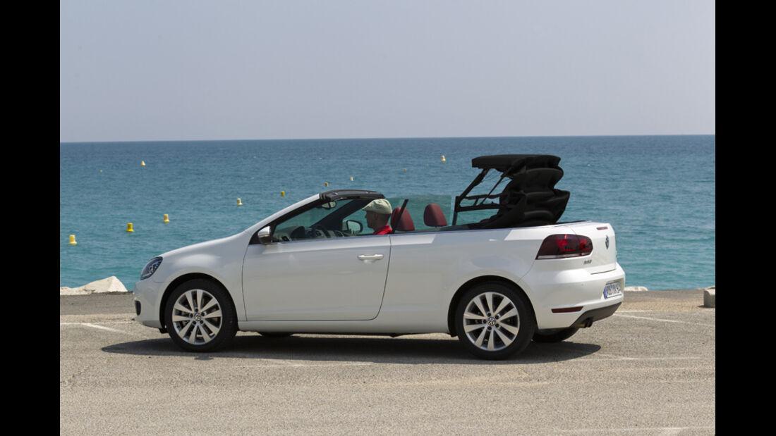 VW Golf Cabrio, Seitenansicht, Dach schließt, Serie3