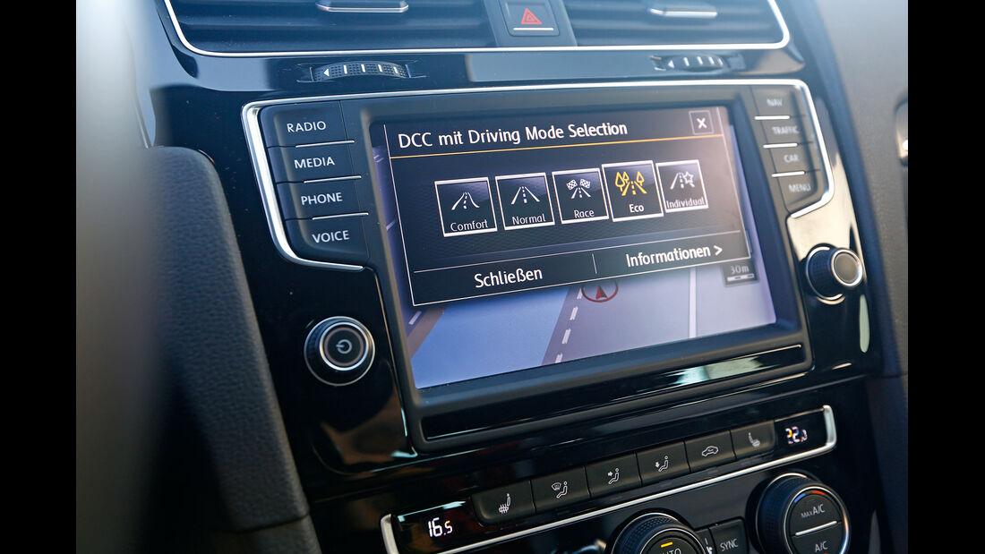 VW Golf, Display, Infotainment
