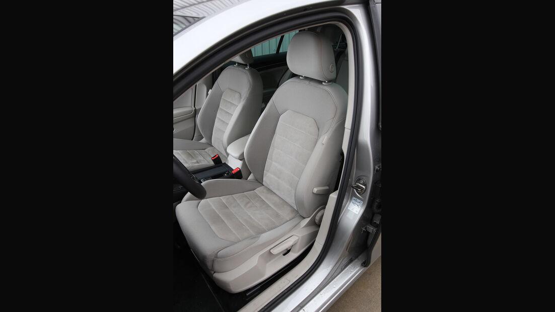 VW Golf, Fahrersitz