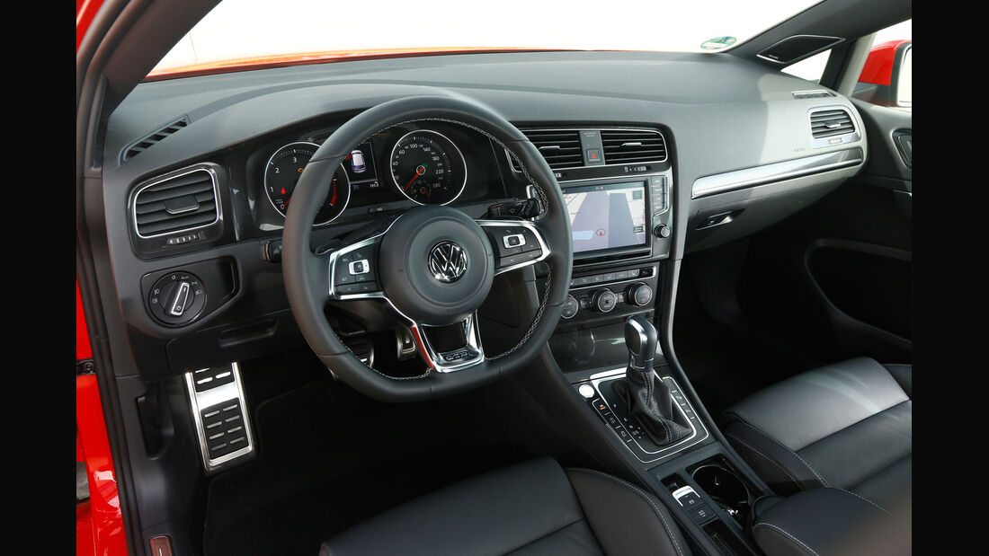 VW Golf GTD, Cockpit