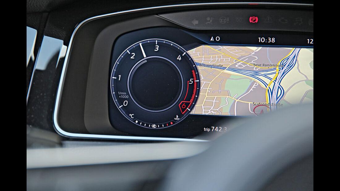 VW Golf GTD Instrument