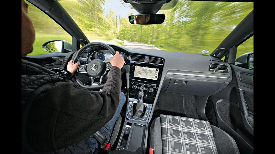 VW Golf GTD Interieur