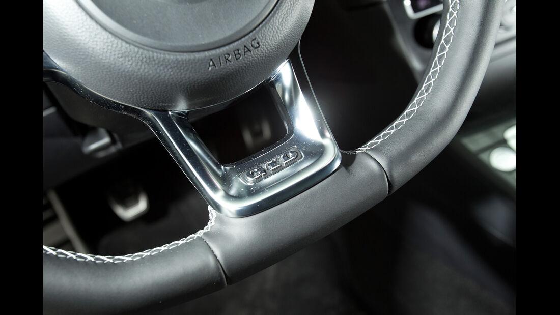 VW Golf GTD, Lenkrad