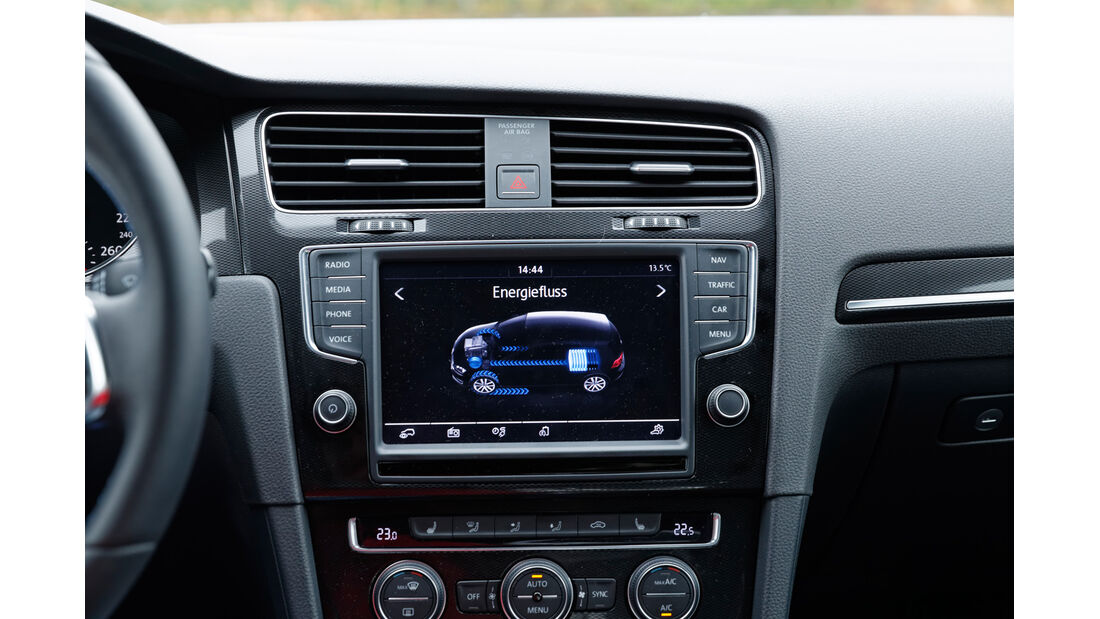 VW Golf GTE, Infotainment