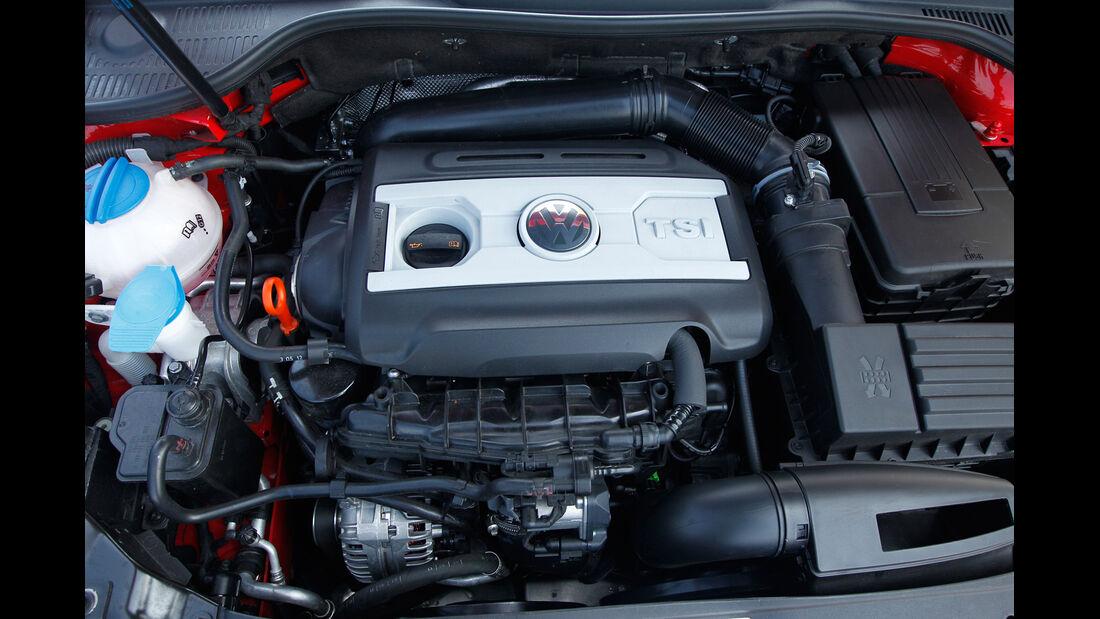 VW Golf GTI Cabrio, Motor