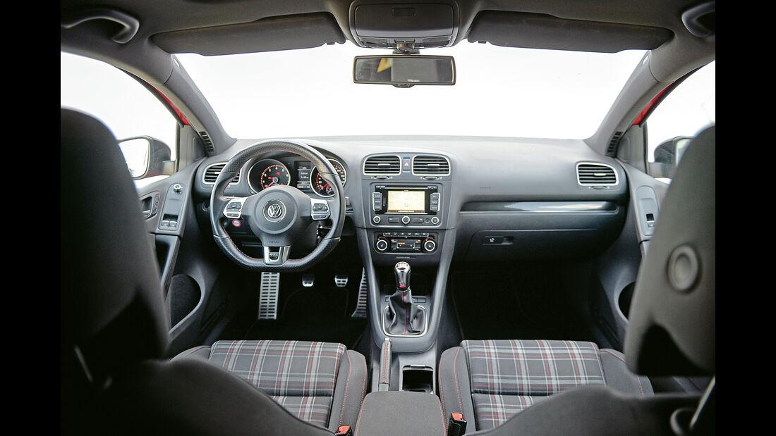 VW Golf GTI, Cockpit