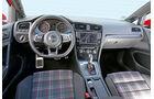 VW Golf GTI, Cockpit, Karo-Muster