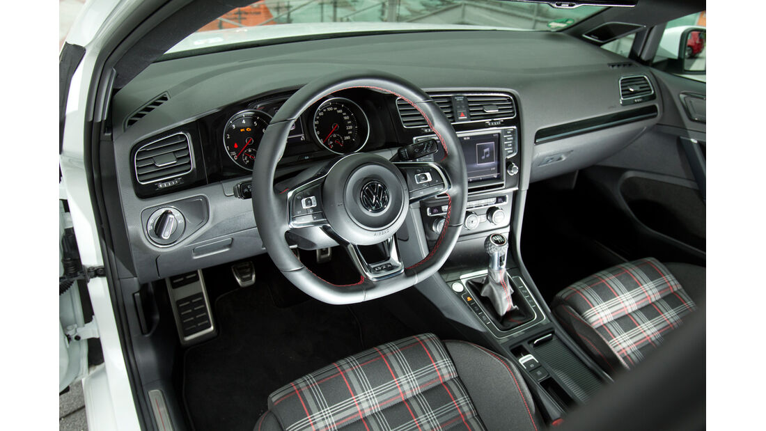 VW Golf GTI, Cockpit, Lenkrad