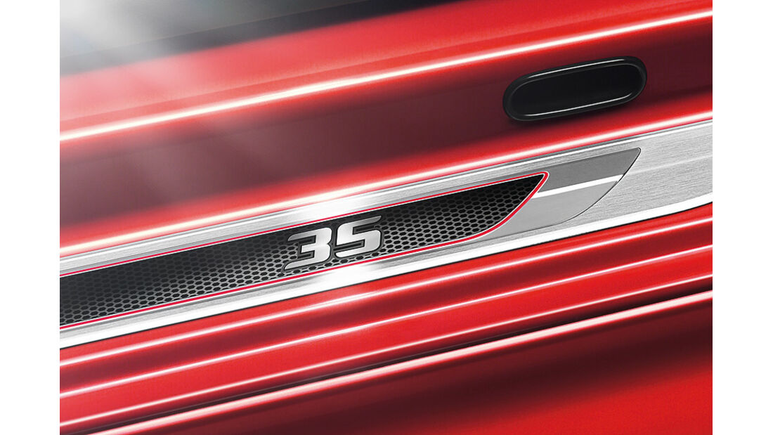 VW Golf GTI Edition 35, Einstiegsleiste